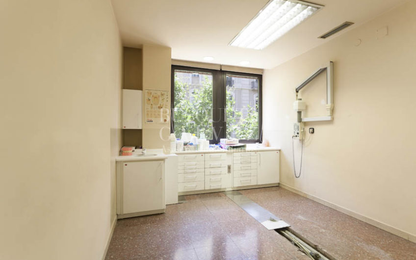 oficina en venta y alquiler Eixample Corsega-despacho
