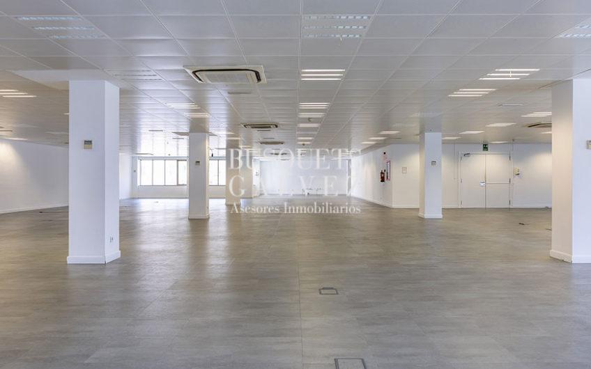 oficina-alquiler-lepant-eixample-sagrada-familia-despacho